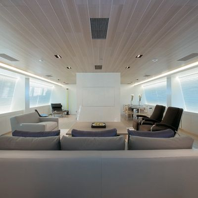 Baracuda Valletta Yacht Salon - Overview