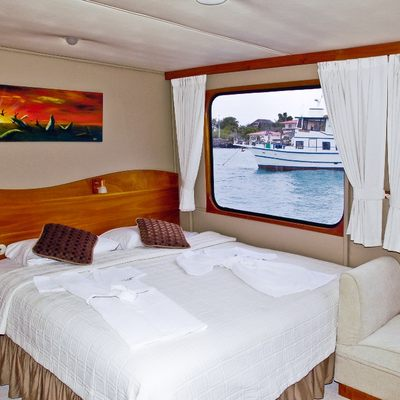 Integrity Yacht King/Twin Convertible Cabin