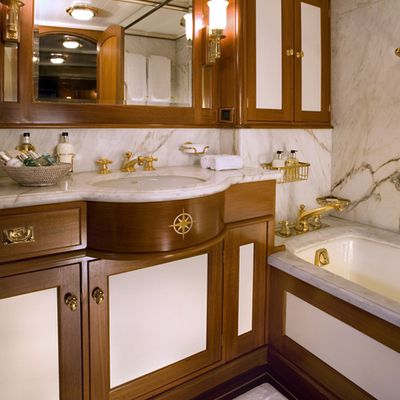 Axia Yacht Master Bathroom