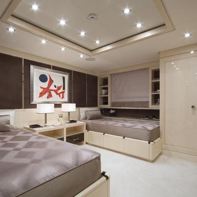 Revelry Yacht Twin Stateroom