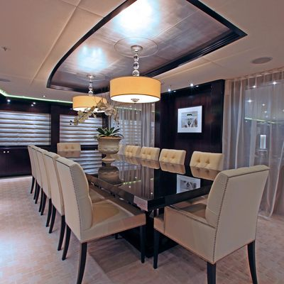 Carpe Diem Yacht Dining Salon - Night