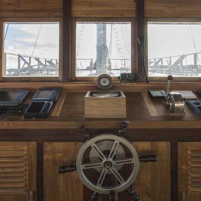 Tiare Yacht