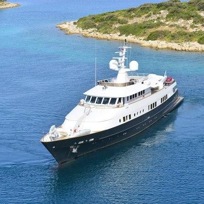 Berzinc Yacht Profile forward view