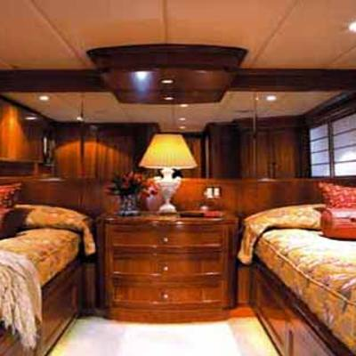 Attitude Yacht Twin Stateroom