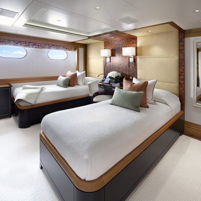 Lady Britt Yacht Twin Stateroom
