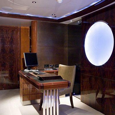 Talisman Maiton Yacht Master Office - Detail