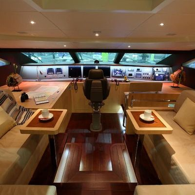 Espresso Yacht Bridge Seating