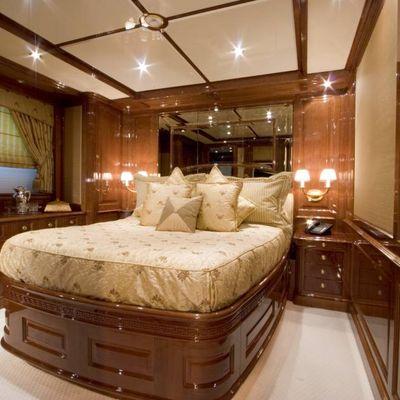 Aura Yacht Guest Stateroom