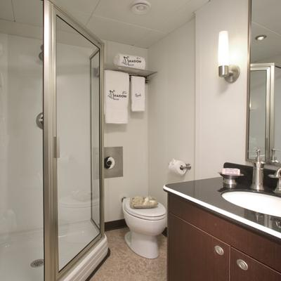 Global Yacht Private Bathroom