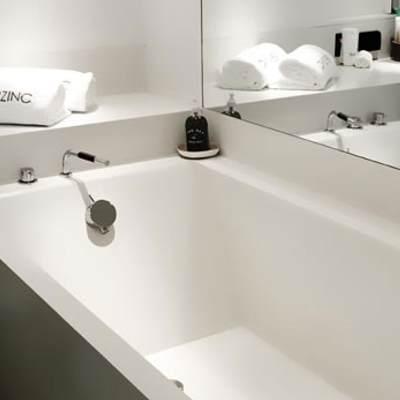Berzinc Yacht Guest Bath