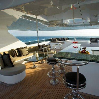 Top Five Yacht Bar