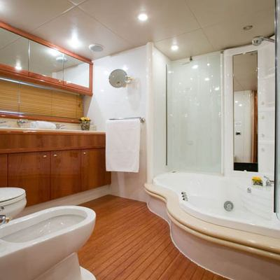 Lady Esther Yacht Bathroom