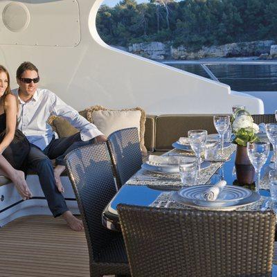 Veni Vidi Vici Yacht Exterior Dining - Lifestyle