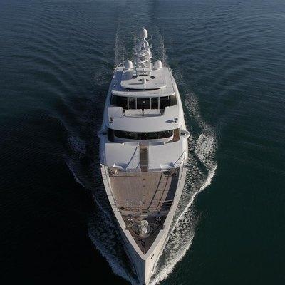 Nautilus Yacht Ariel Running Shot
