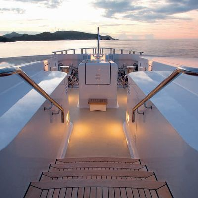 Sycara V Yacht Sundeck - Evening