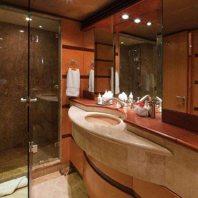Chosen One Yacht Guest Bathroom