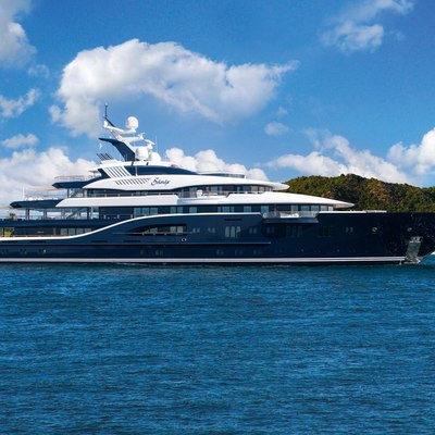 Solandge Yacht Profile Shot