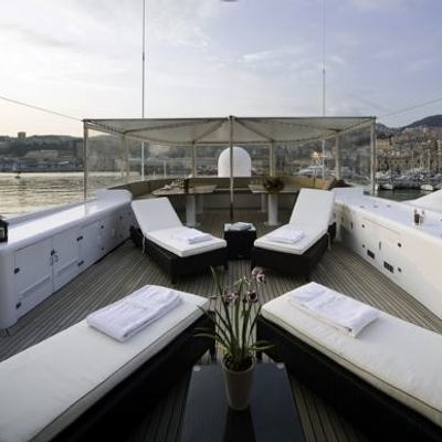 Superfun Yacht Sundeck