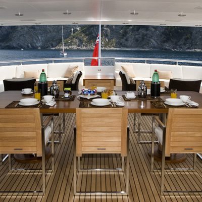 Deep Blue II Yacht Dining