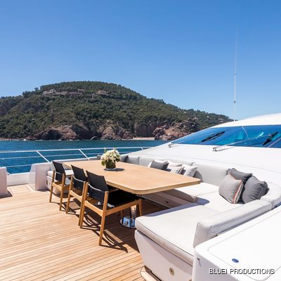 Beachouse Yacht Sun Deck