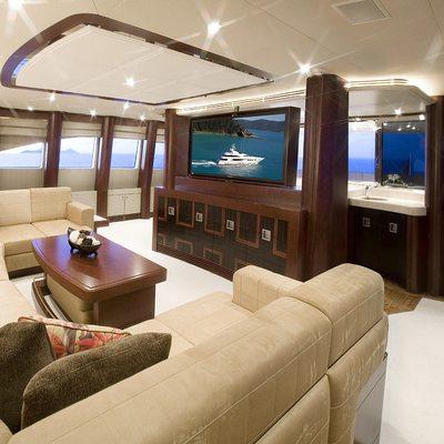 De Lisle III Yacht Upper Deck Lounge