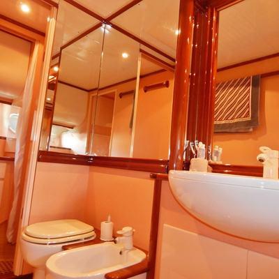 Blumar Yacht