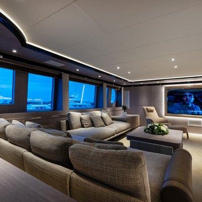 Invader Yacht