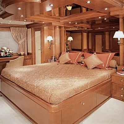 Lou Spirit Yacht Double Stateroom