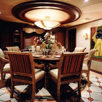 Lagniappe Yacht Dining Salon