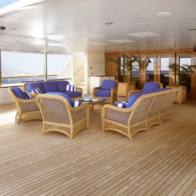 Laurel Yacht Upper Deck