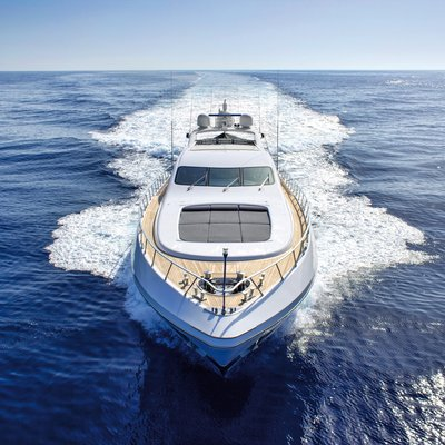 Four Friends Yacht