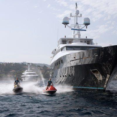 Cyan Yacht Jet Skis