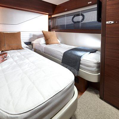 Tor Yacht