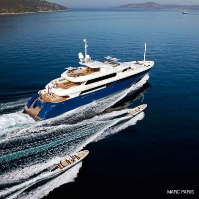 Mary-Jean II Yacht Tenders Alongside
