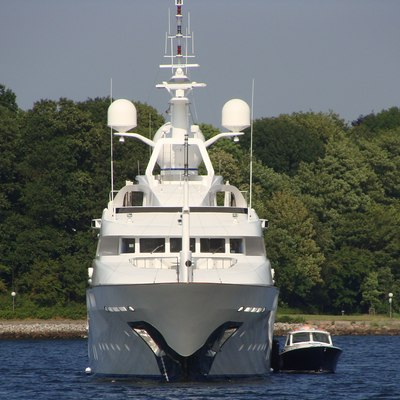 Starfire Yacht Front View with Tender