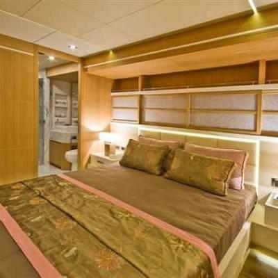 Zelda Yacht Stateroom