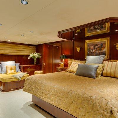 Blackwood Yacht
