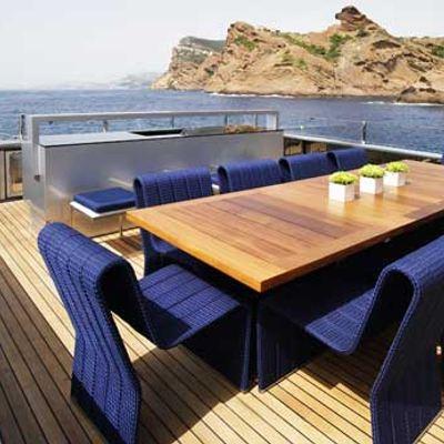 Blade Yacht Sundeck Dining