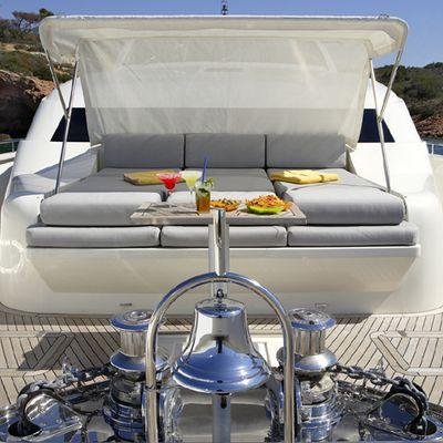 Dragon Yacht Bow