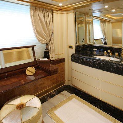 Platinum Yacht Master Vanity Area