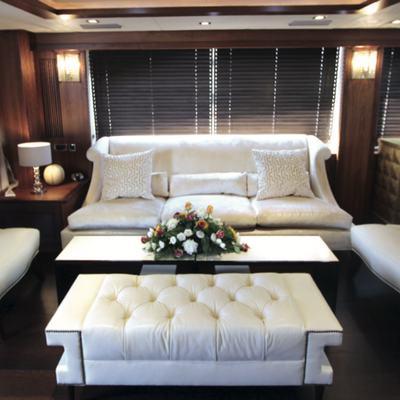 Vita Yacht