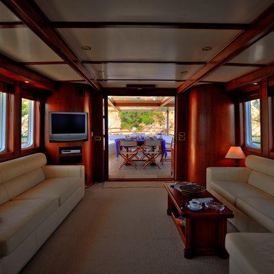Silver Cloud Yacht Salon & Exterior Dining