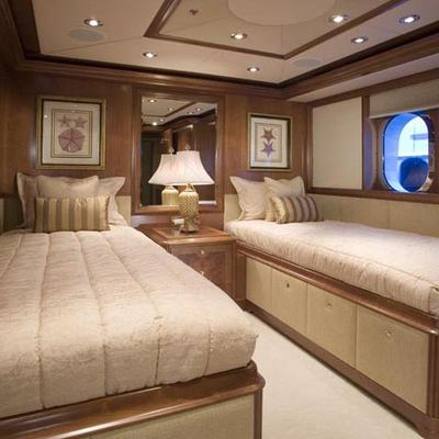 Seament Yacht Twin Stateroom