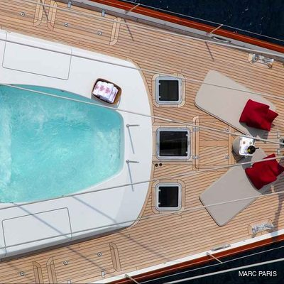 Prana Yacht Fore Deck