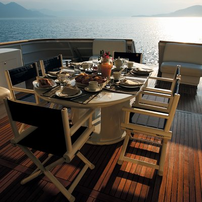 Obsesion Yacht Stern Dining