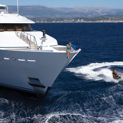 Lady Sheridan Yacht Bow