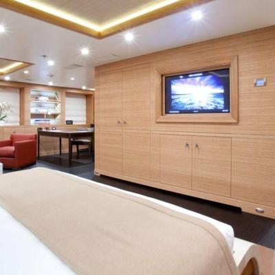 Spirit Yacht Master Stateroom with Office/Bath