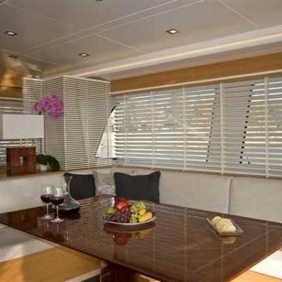 Zelda Yacht Dining Table