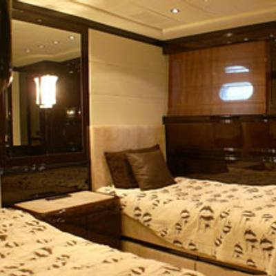 Voyage Yacht Twin Stateroom