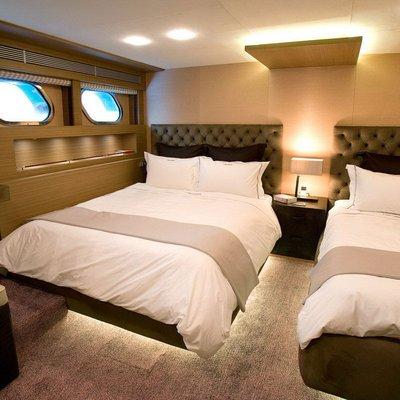 Namaste 8 Yacht Twin Stateroom